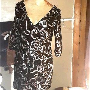 Plus size 14 Black and White paisley dress